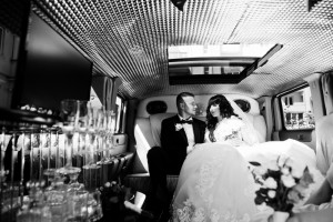 Find the perfect wedding limo service in DFW for your big day!