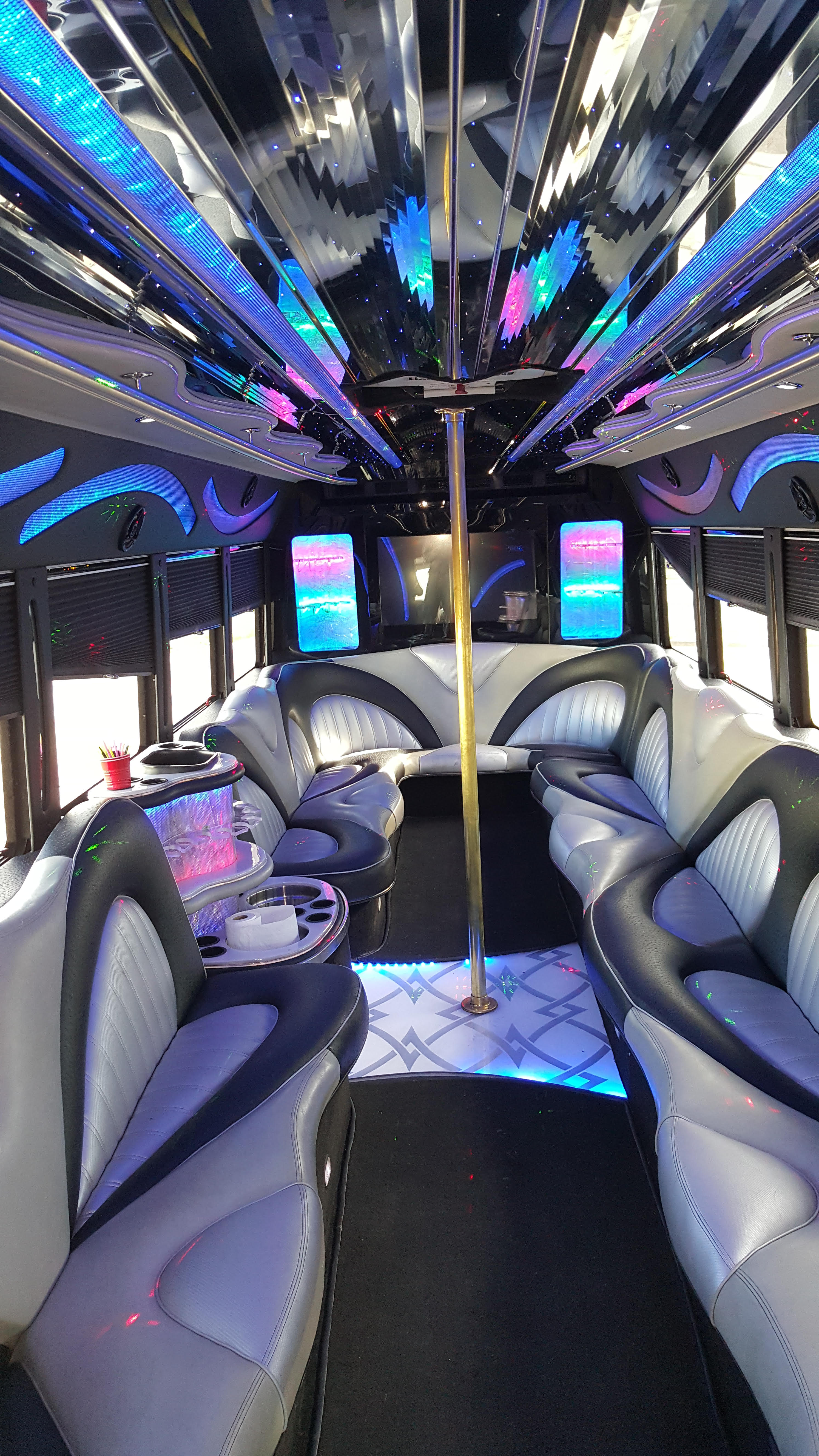 Future party Bus